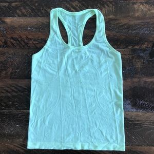 Lululemon Swiftly Tank 🍋